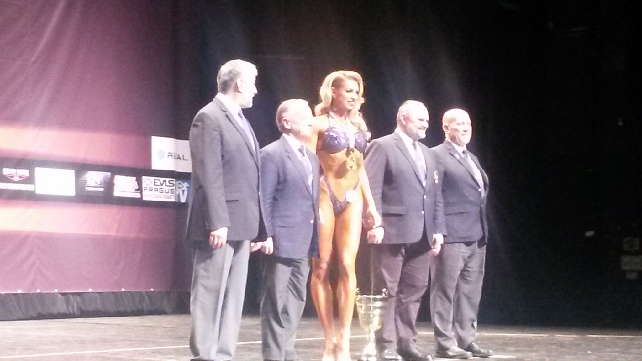 Lugovskikh cashes in Casino winnings as she tops IFBB Bikini-Fitness World Rankings