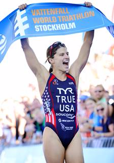Sarah stays True to form with successful defence of World Triathlon Series race title in Stockholm