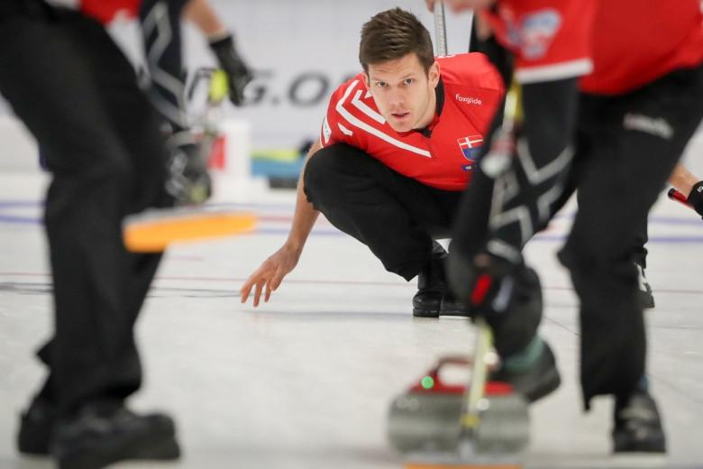 Danish skip Rasmus Stjerne helped his side to a pair of wins ©WCF