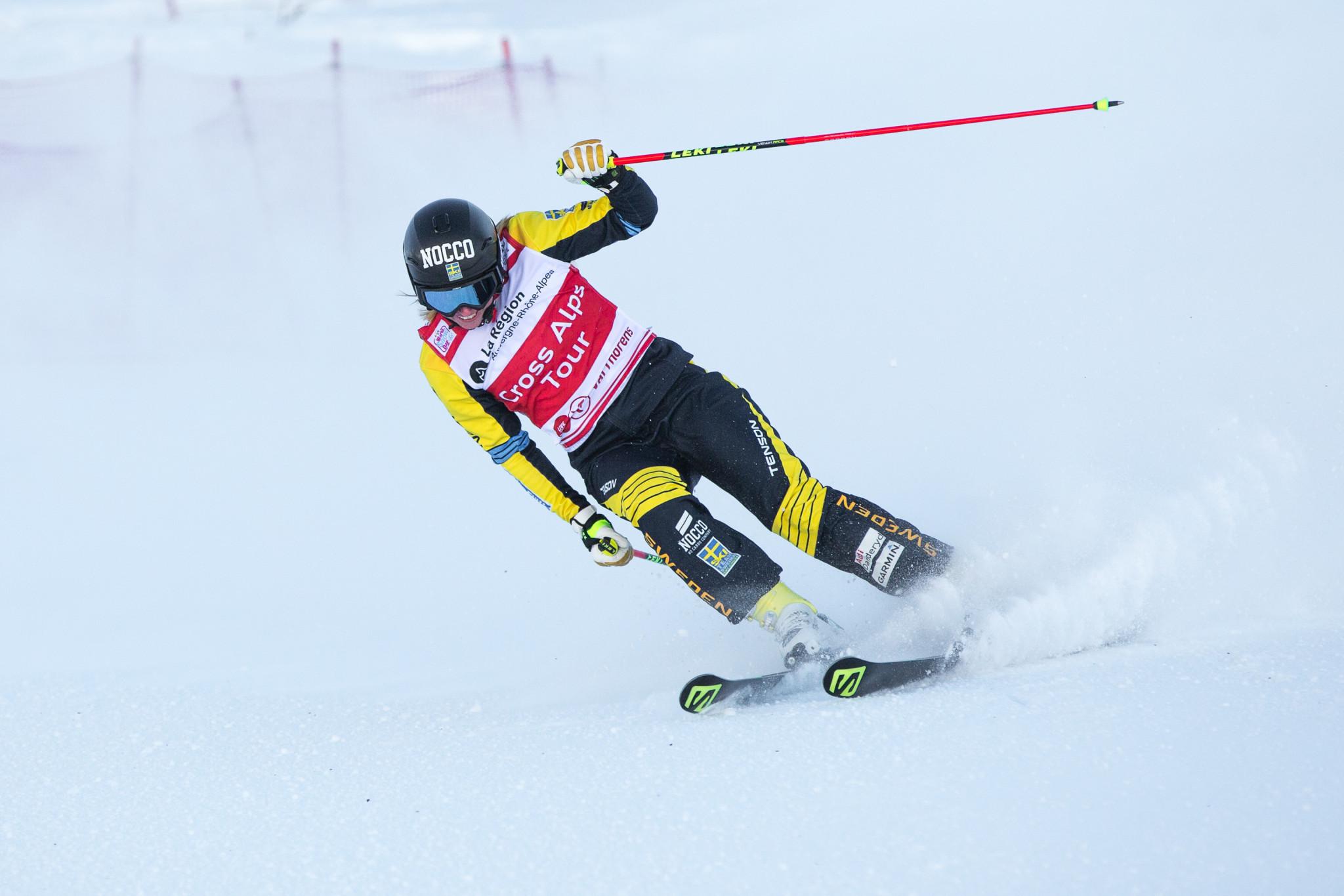 Naeslund justifies favourite tag as Ski Cross World Cup season begins
