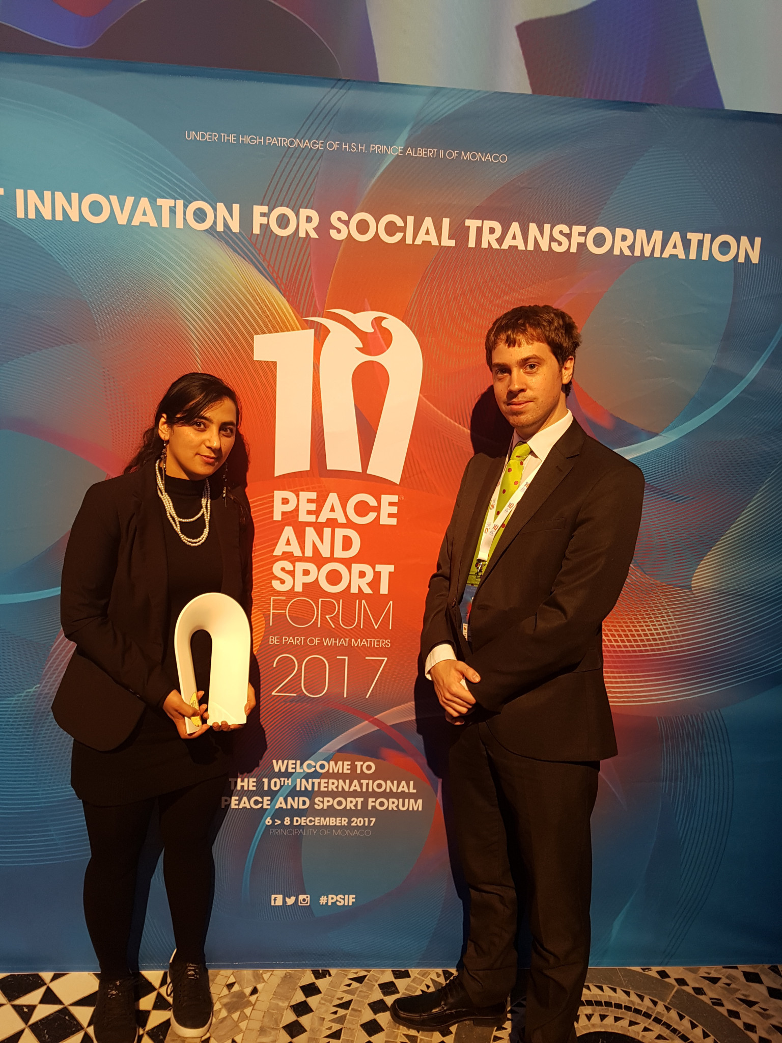 Former Afghanistan women's football international Khalida Popal, seen here with insidethegames reporter Thomas Giles, won the Champion of the Year award at Peace and Sport's Award Ceremony ©ITG