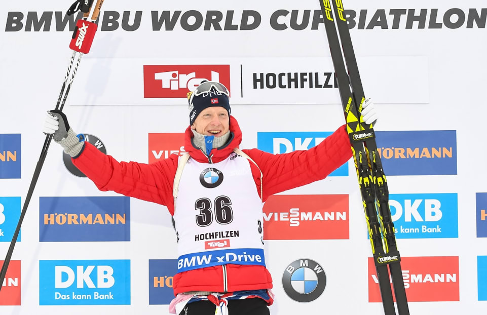 Thingnes Bø uses speed to race to victory at IBU World Cup