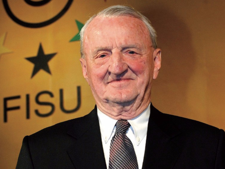 Former FISU and FIBA President George E. Killian has died at the age of 93 ©FISU