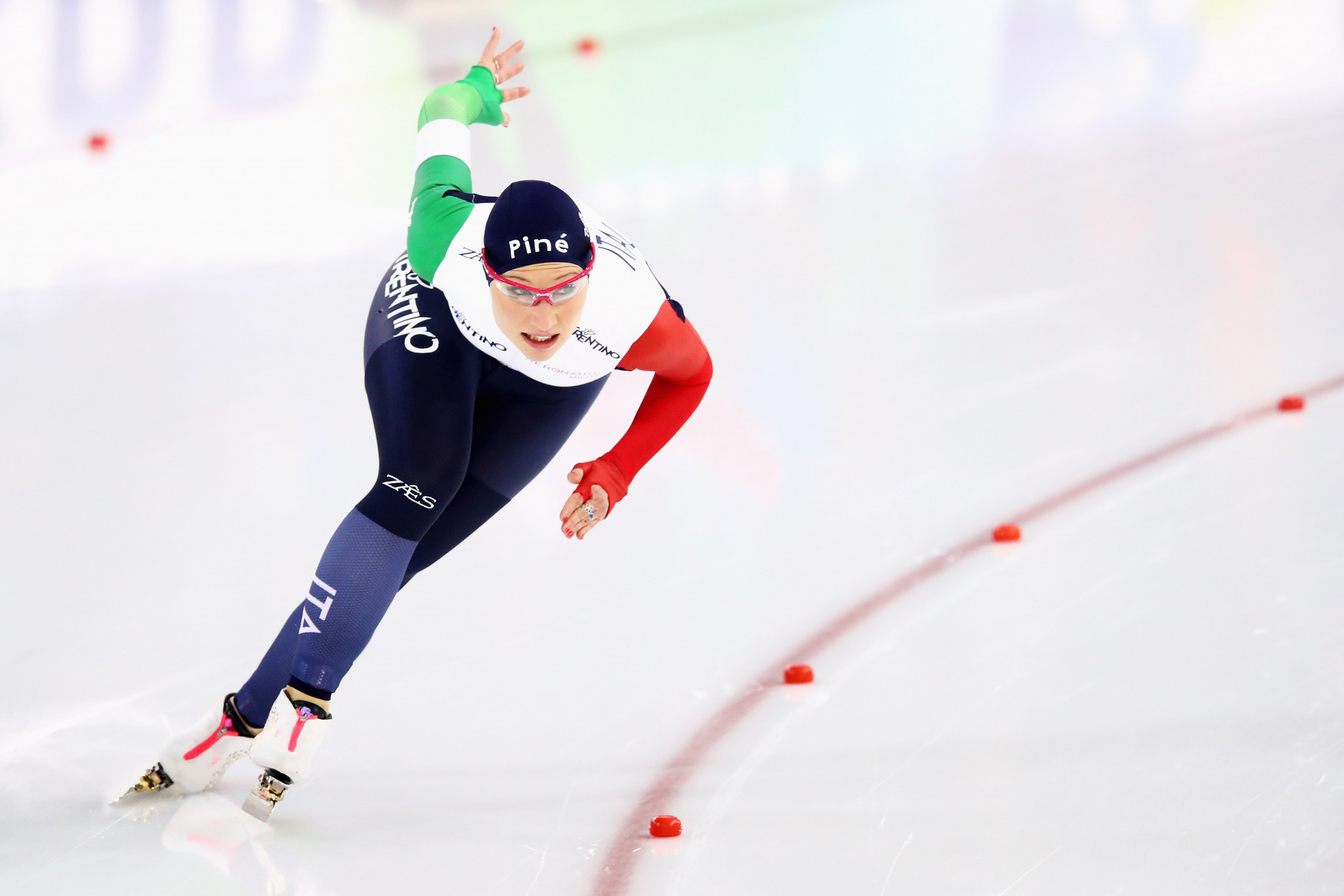 Italy's Francesca Lollobrigida broke clear to win the women's mass start ©Getty Images