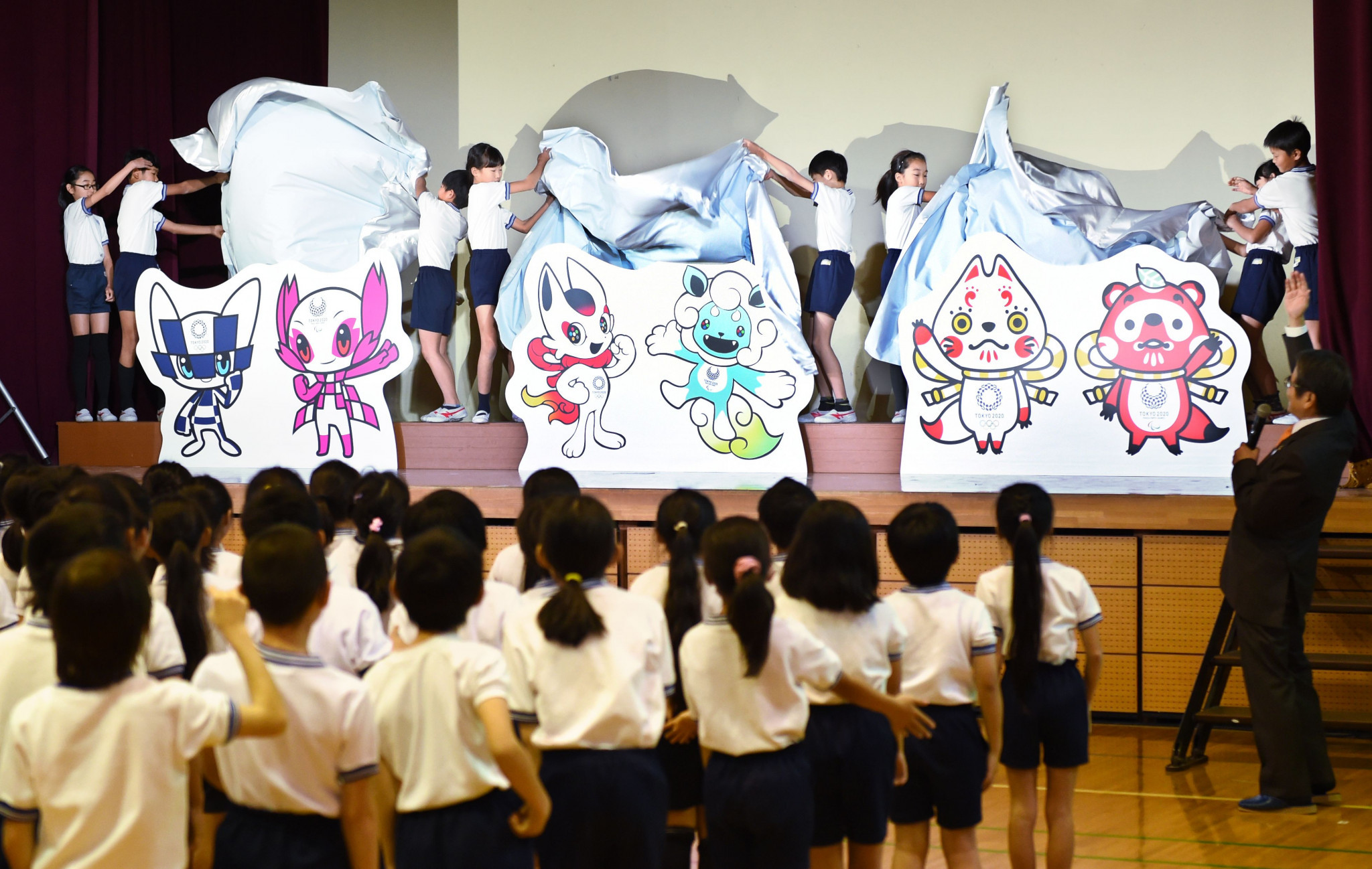 Elementary school children will begin voting for the Olympic and Paralympic mascots tomorrow ©Getty Images