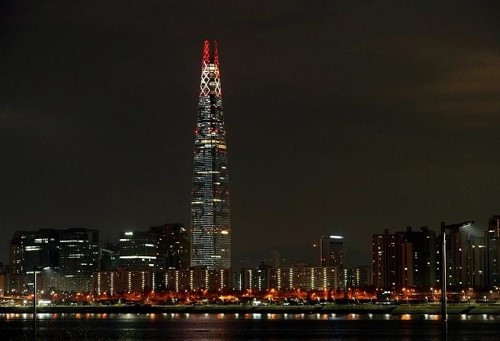 Tallest building in South Korea to display Olympic Torch LED until end of Pyeongchang 2018