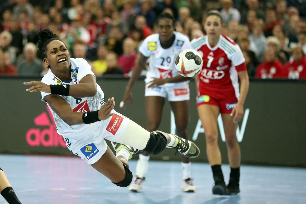 France and Montenegro reach quarter-finals at Women's Handball World Championships