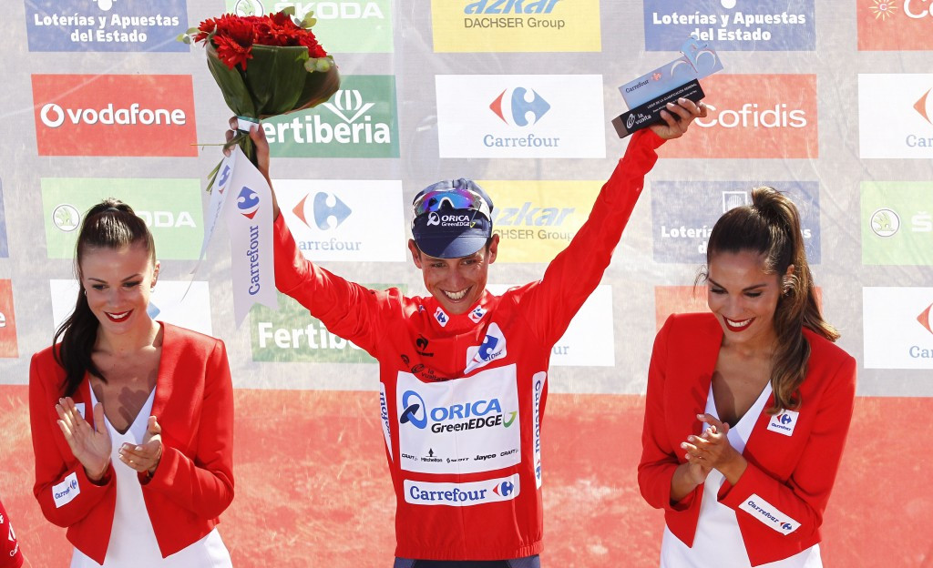 Chaves climbs to victory on good day for Colombians at Vuelta a Espana