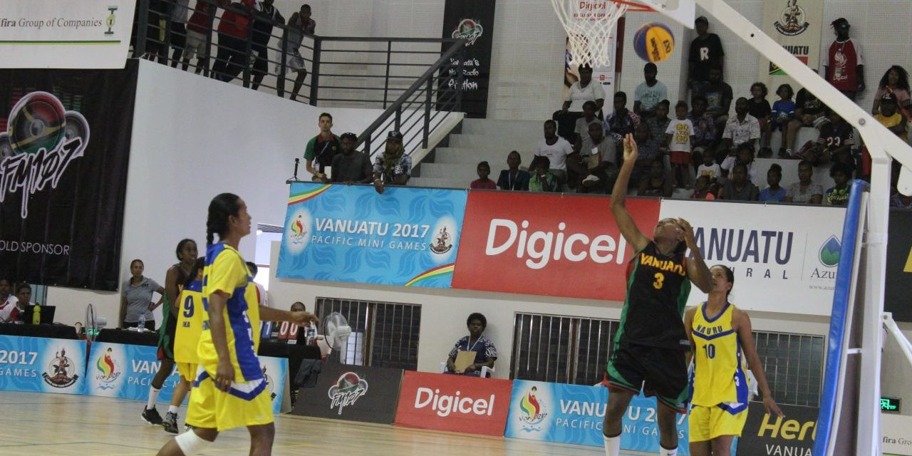 Action continued in basketball at the Pacific Mini Games ©Vanuatu 2017