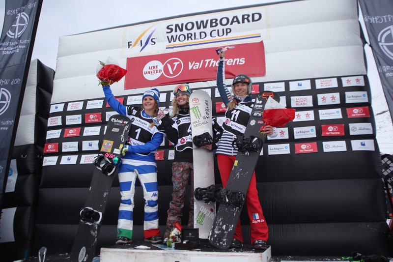 Jacobellis and Berg on top at the International Ski Federation Snowboard World Cup in Val Thorens