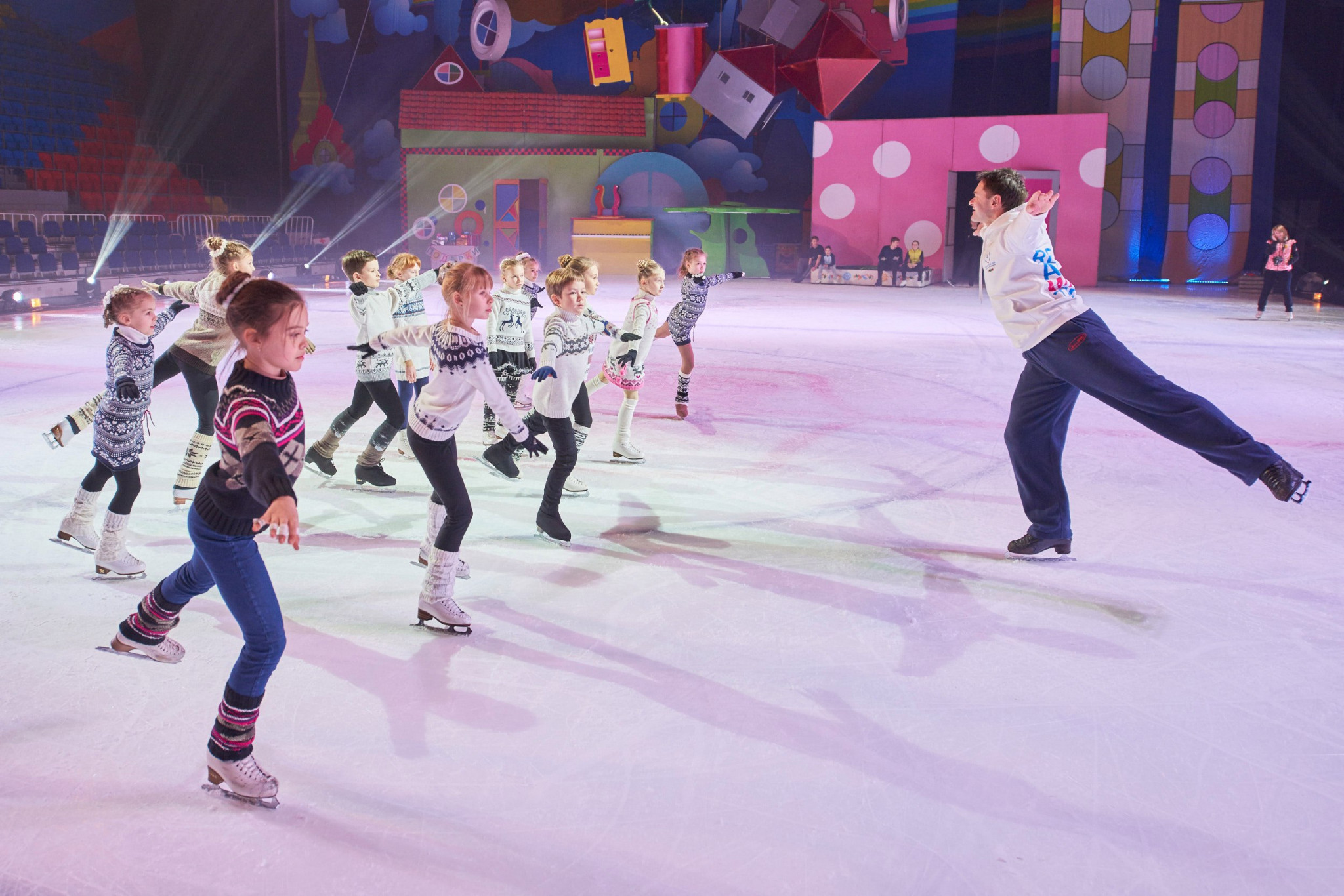 December 22 will see a performance by 50 pairs of dancers on the ice rink in Sokolniki Park ©Krasnoyarsk 2019