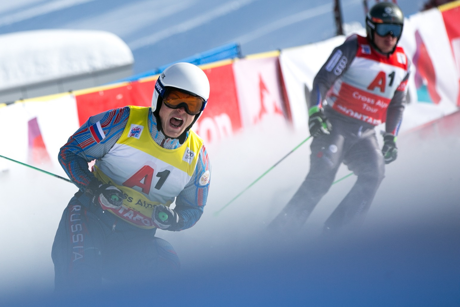 Ridzik and Smith taste victory at FIS Ski Cross World Cup in Montafon