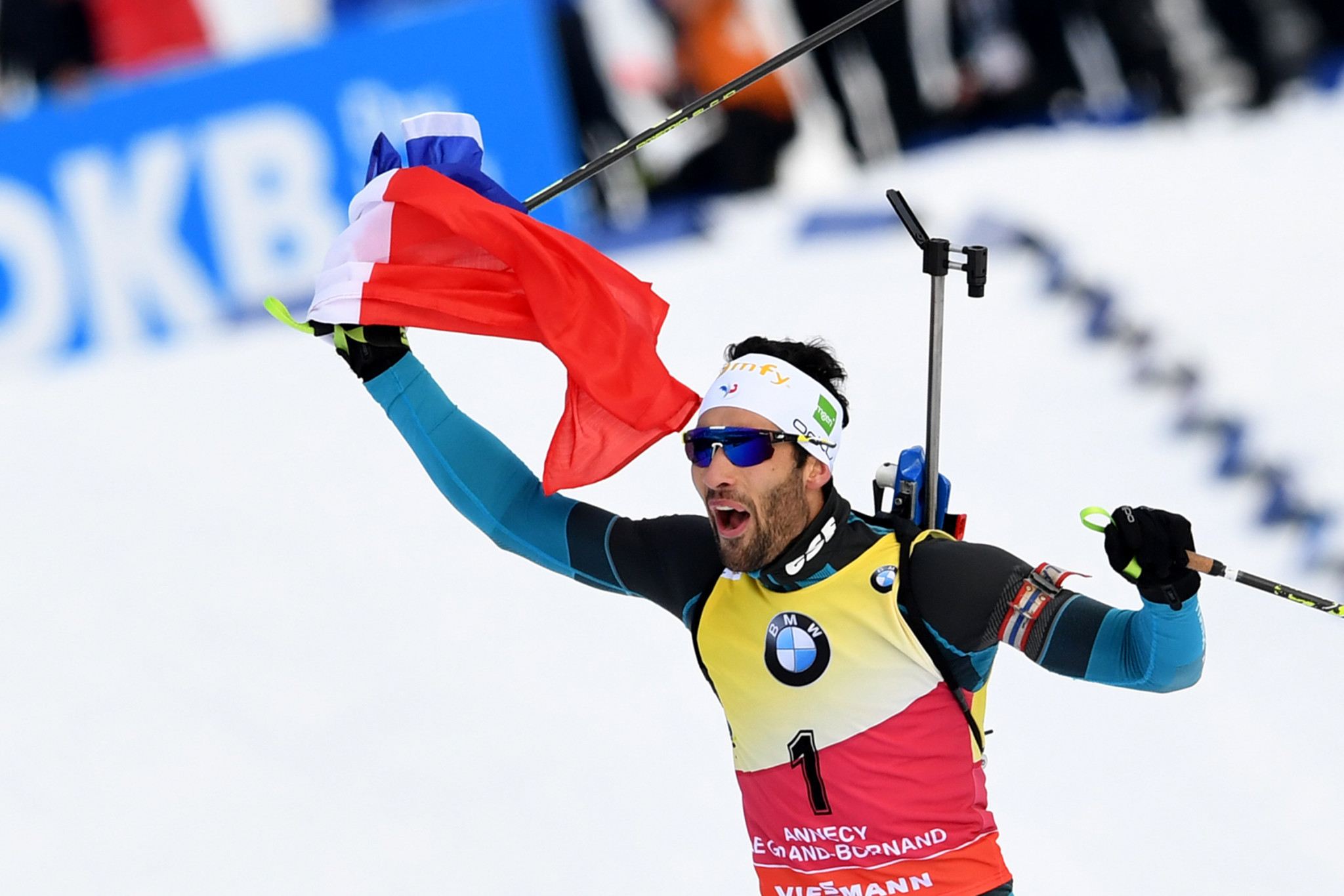 Fourcade beats Bø at last on memorable French day at IBU World Cup