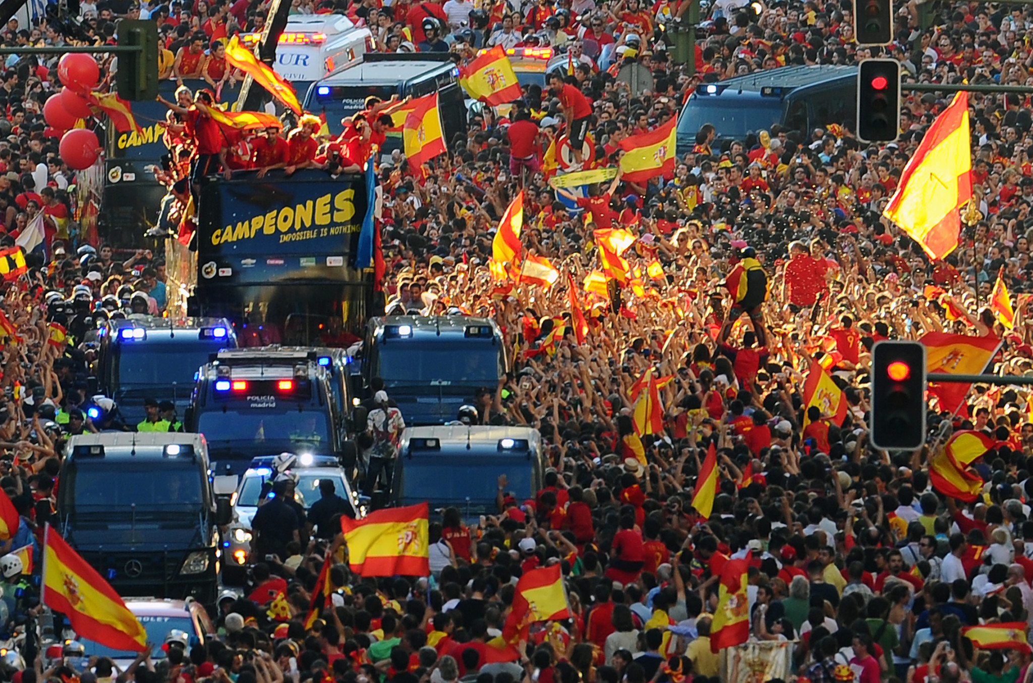 Spain's team parade through the streets after winning the 2010 FIFA World Cup ©Getty Images