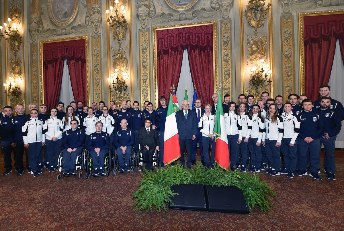The Italian flag was handed to athletes prior to the Winter Olympics and Paralympics in Pyeongchang ©CONI
