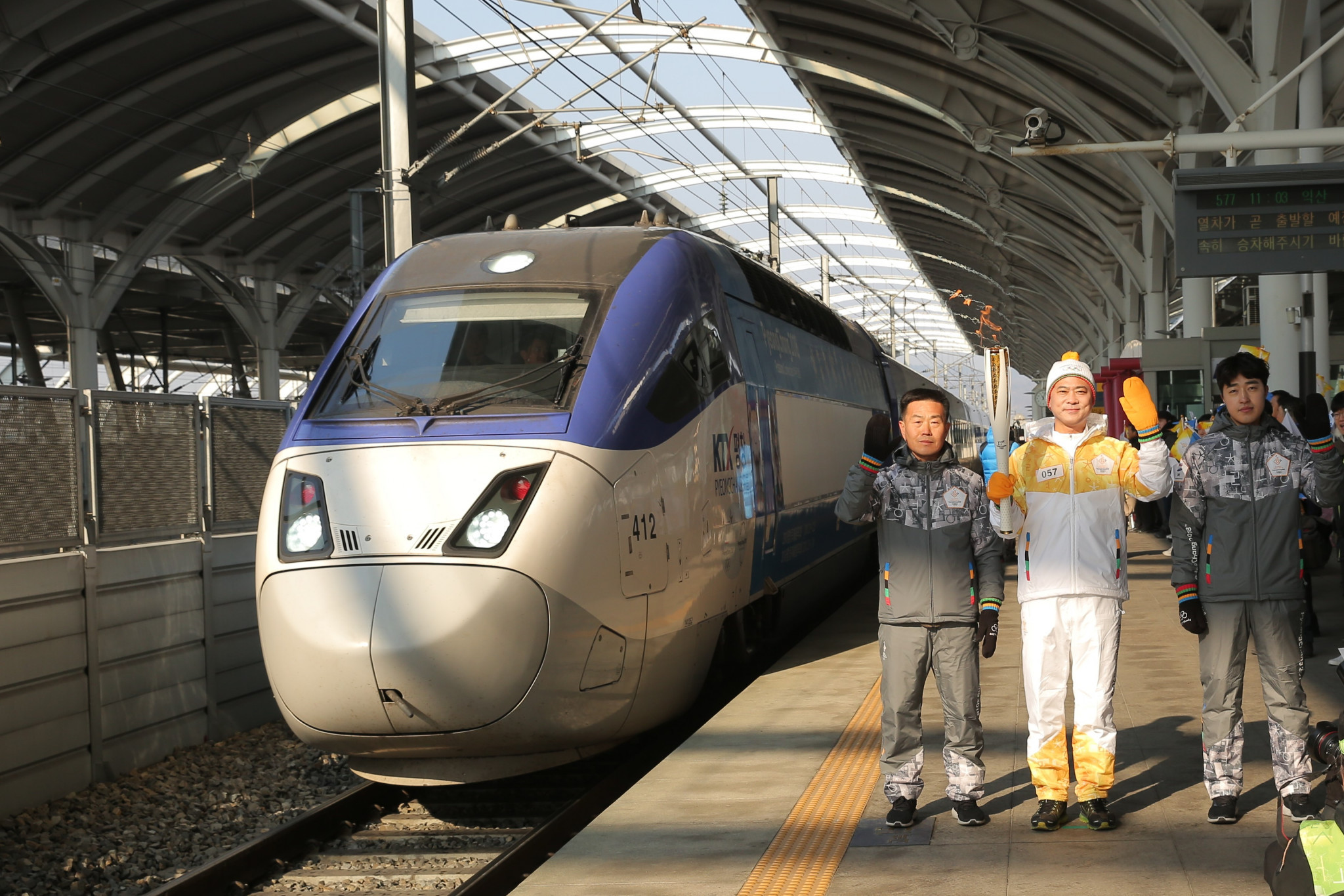 Torch speeds at 300 kilometres an hour aboard a super-fast train and visits the Land That Time Forgot