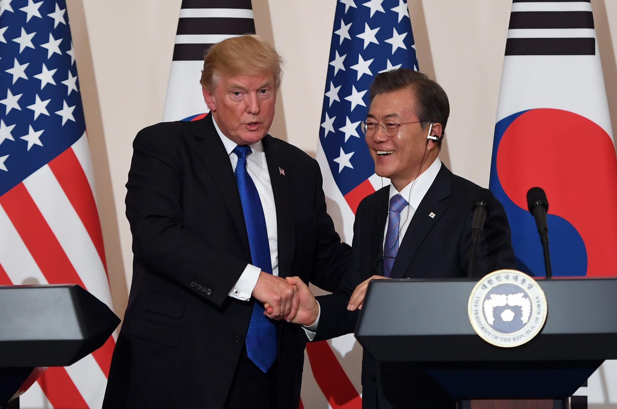 South Korea's President Moon Jae-in has claimed that US counterpart Donald Trump has promised to help ensure the safety of the Pyeongchang 2018 Winter Olympic Games from North Korean threats ©Getty Images