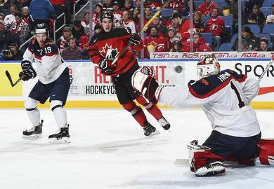 Canada enjoyed a second successive victory today ©IIHF
