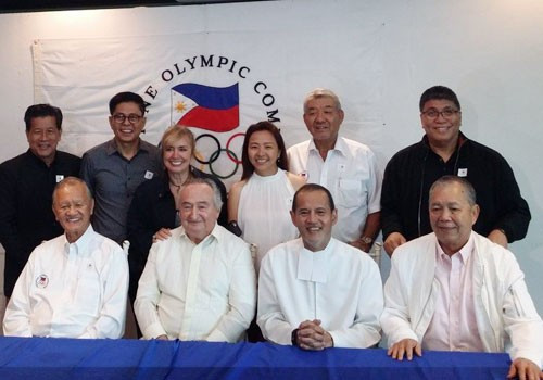 """Jose """"Peping"""" Cojuangco, front left, had been re-elected to the Philippine Olympic Committee Presidency in 2016 ©OCA/June Navarro"""