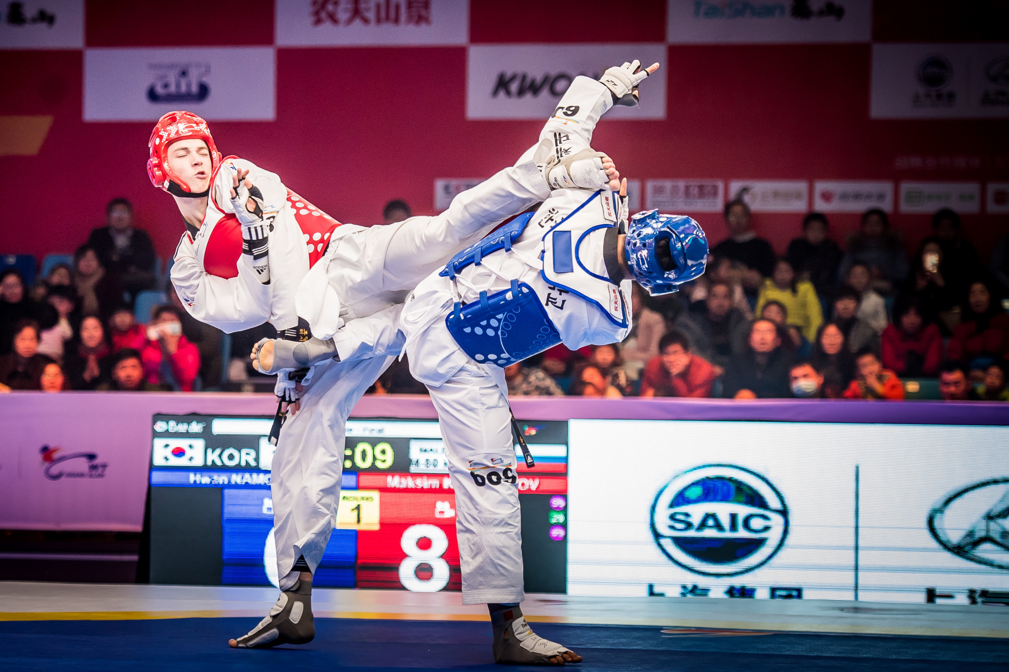 Khramtcov came out on top in the men's under 80kg division with a 35-29 win over South Korea's Hwan Namgoong ©World Taekwondo