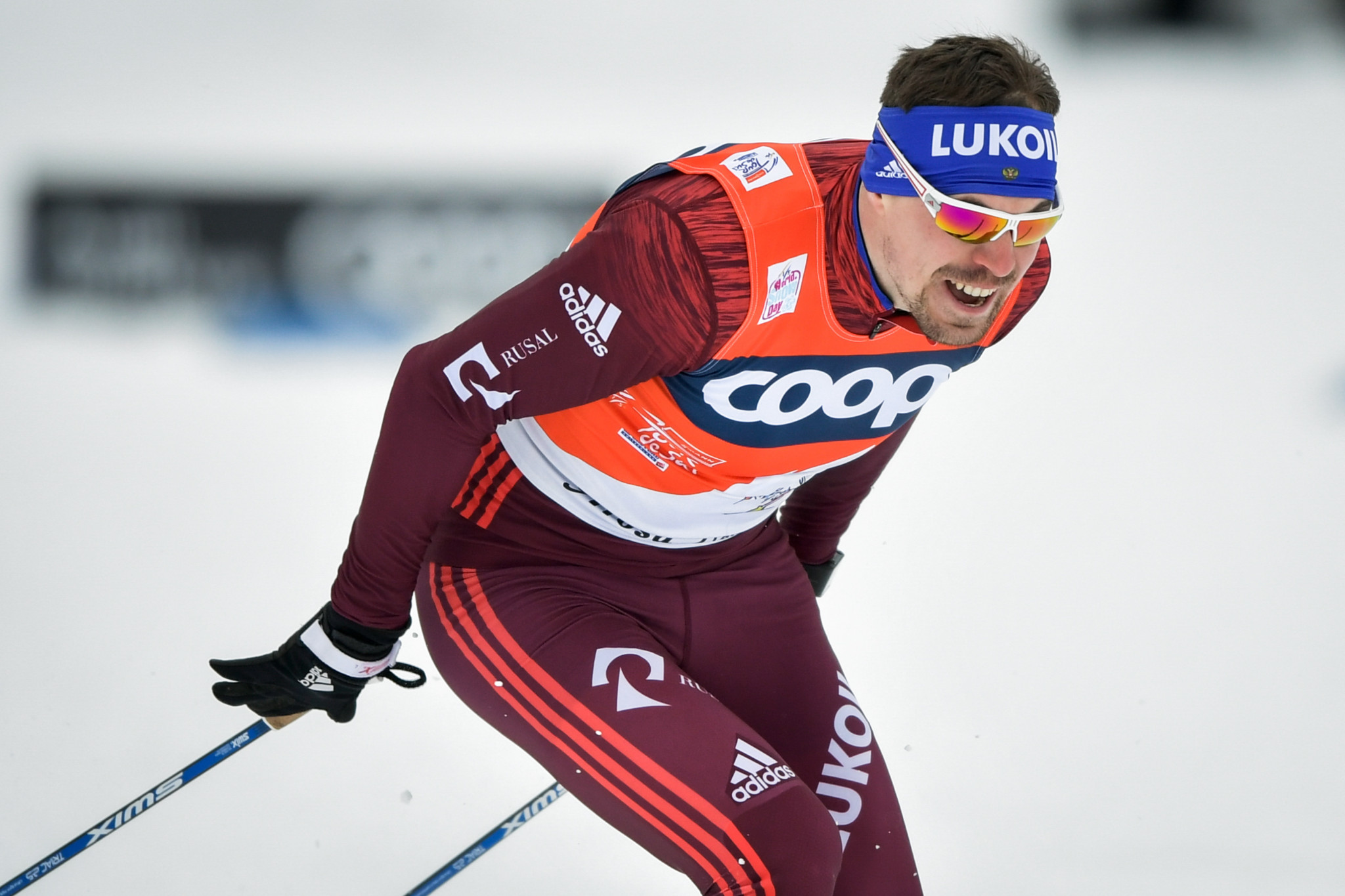 Cologna, Oestberg win Tour de Ski pursuits and lead overall