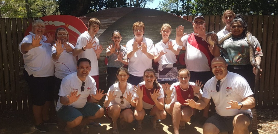 England took part in the Girrebba indigenous cultural training at Dreamworld Corroboree ©Team England