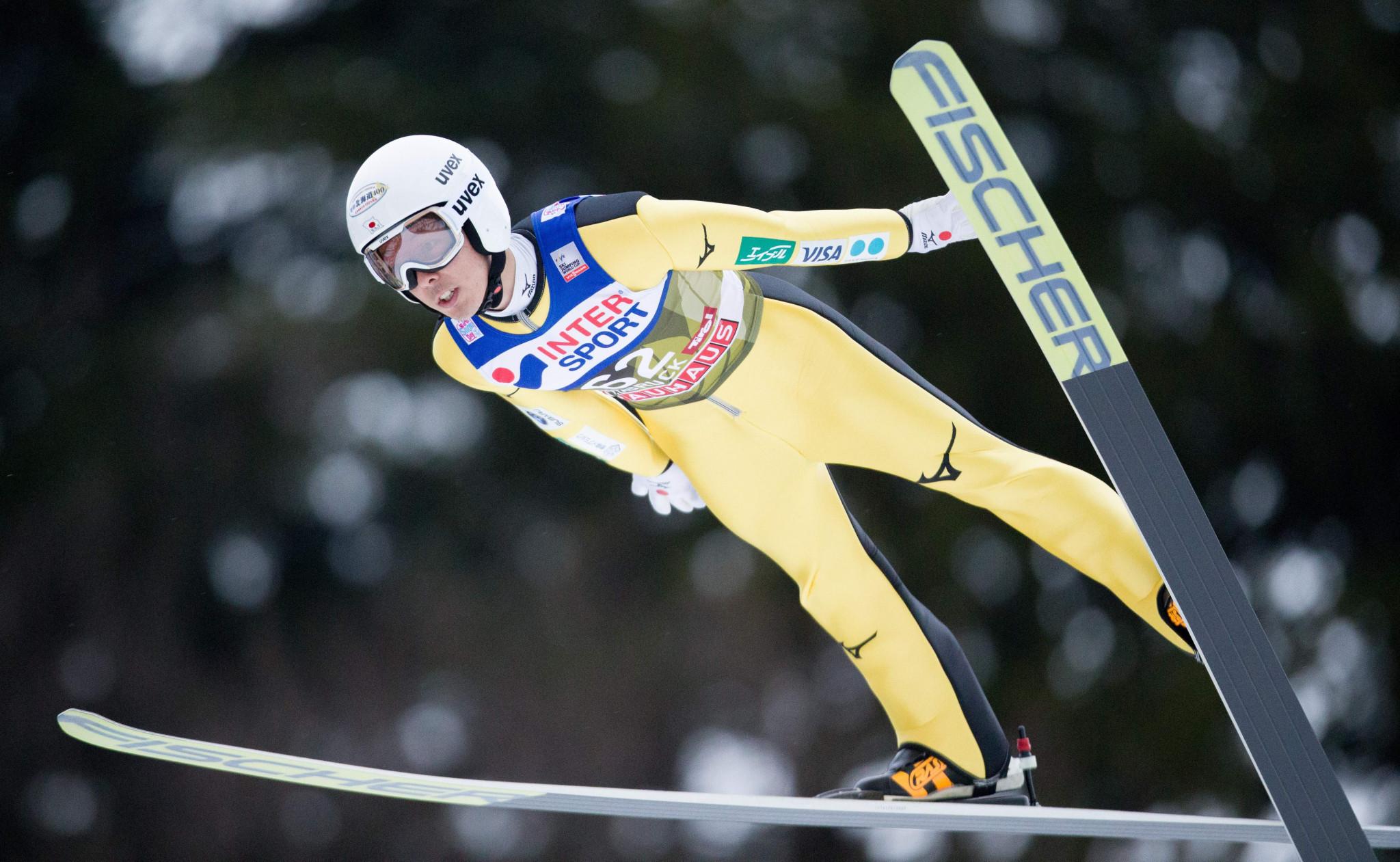 Kobayashi heads Four Hills Tournament qualification despite challenging conditions in Innsbruck