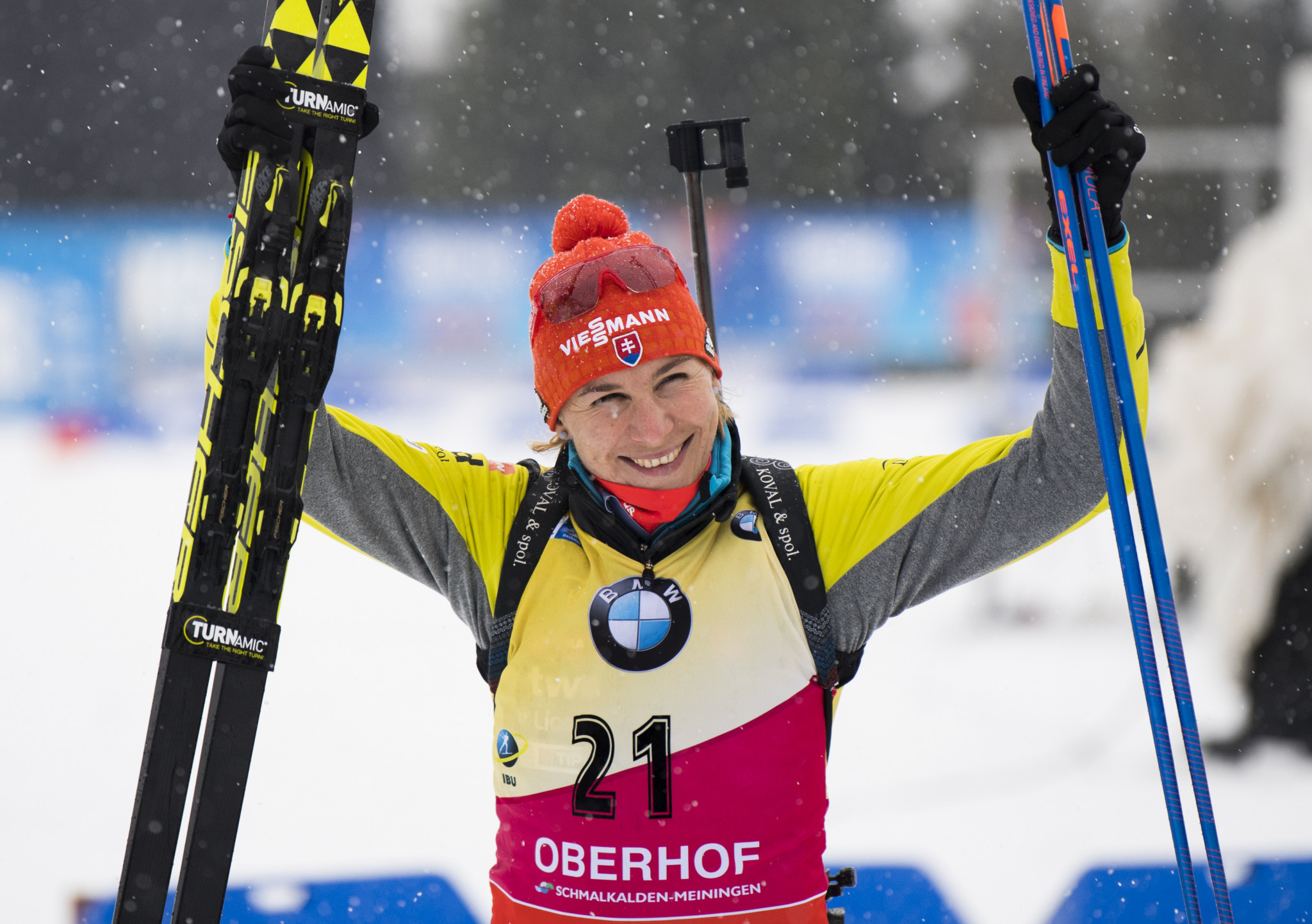 Kuzmina extends overall lead with sprint victory at IBU World Cup