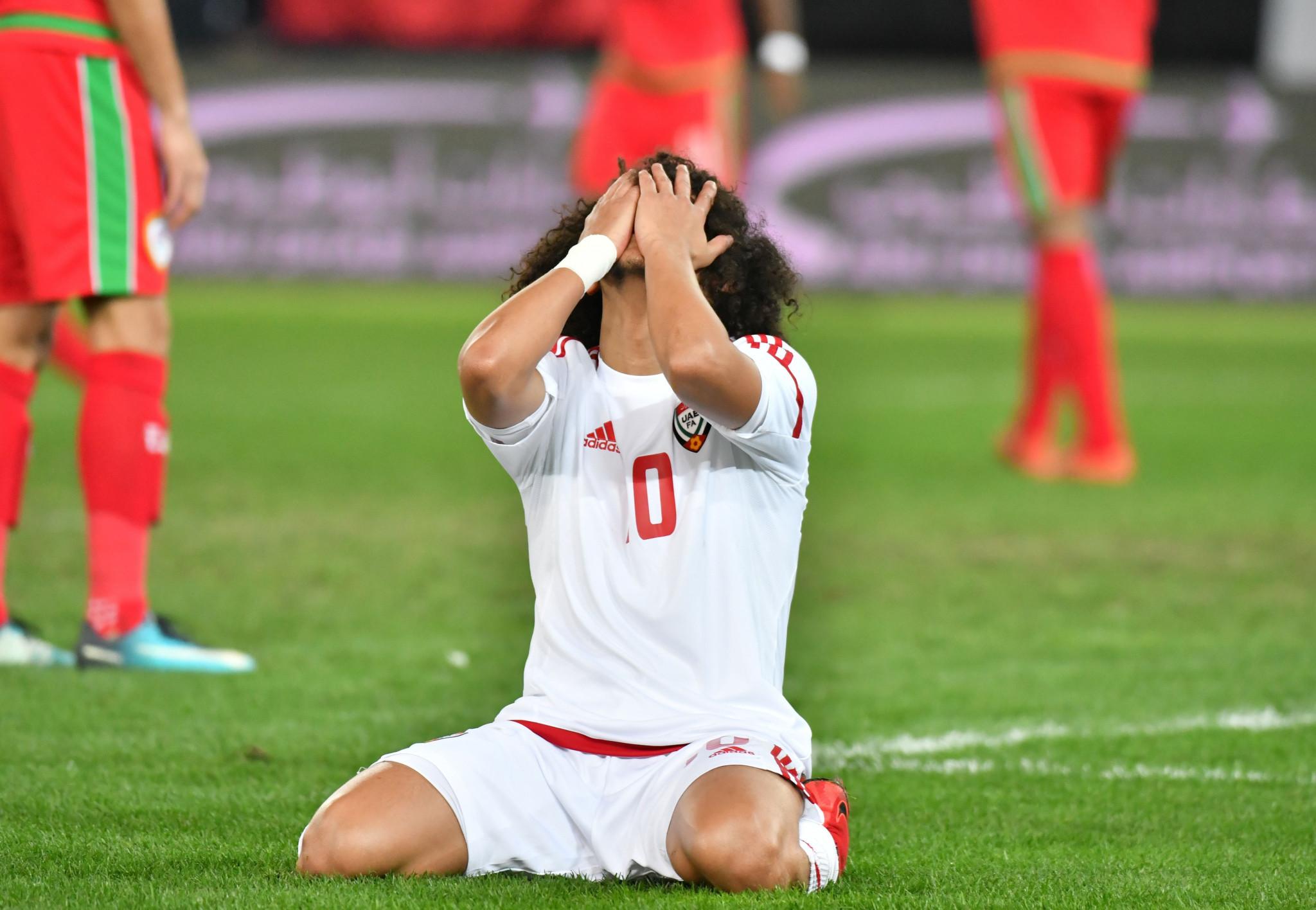 Omani fans injured as stadium barrier collapses at Gulf Cup final