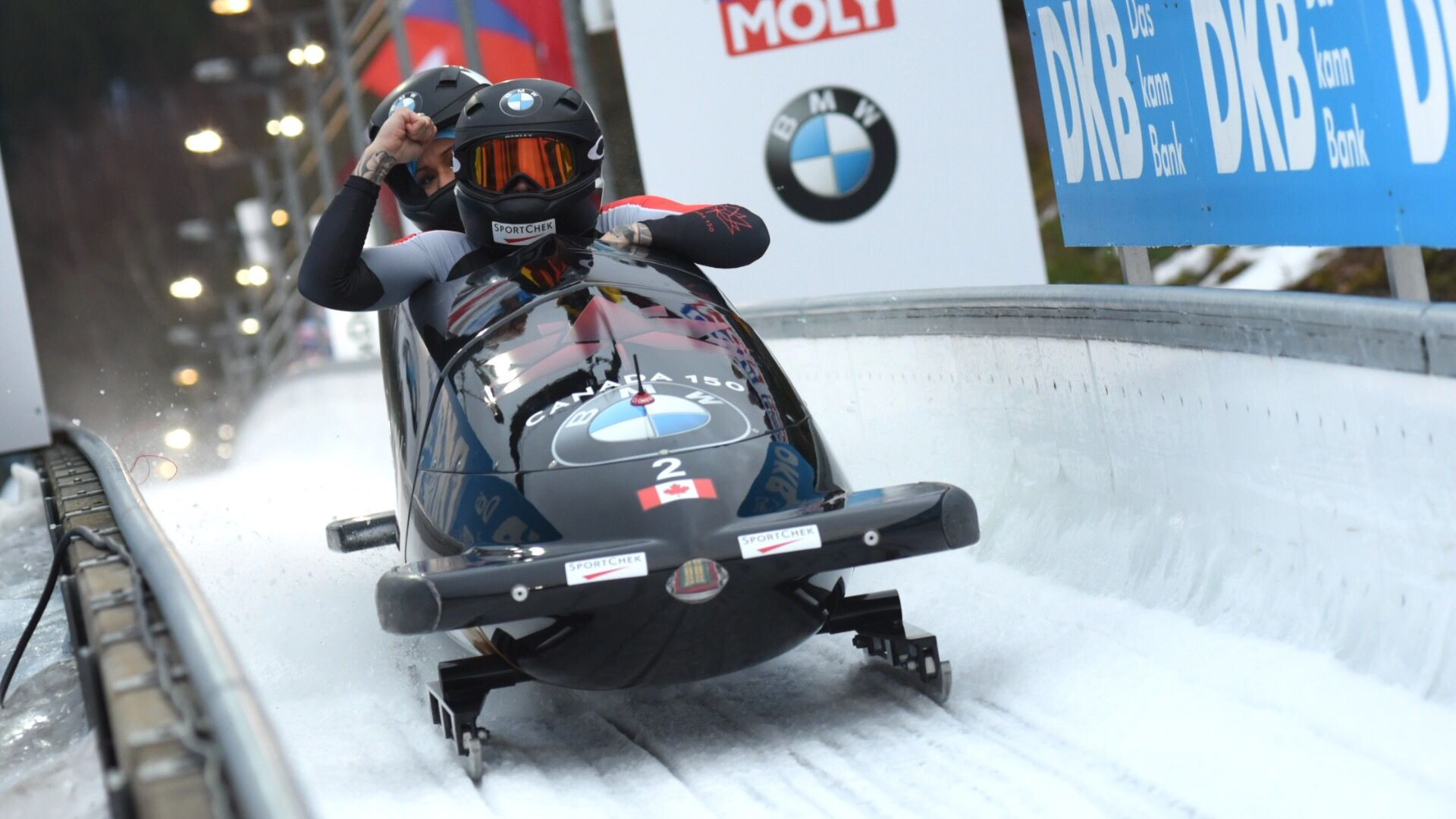Humphries extends overall World Cup lead with bobsleigh win in Altenberg