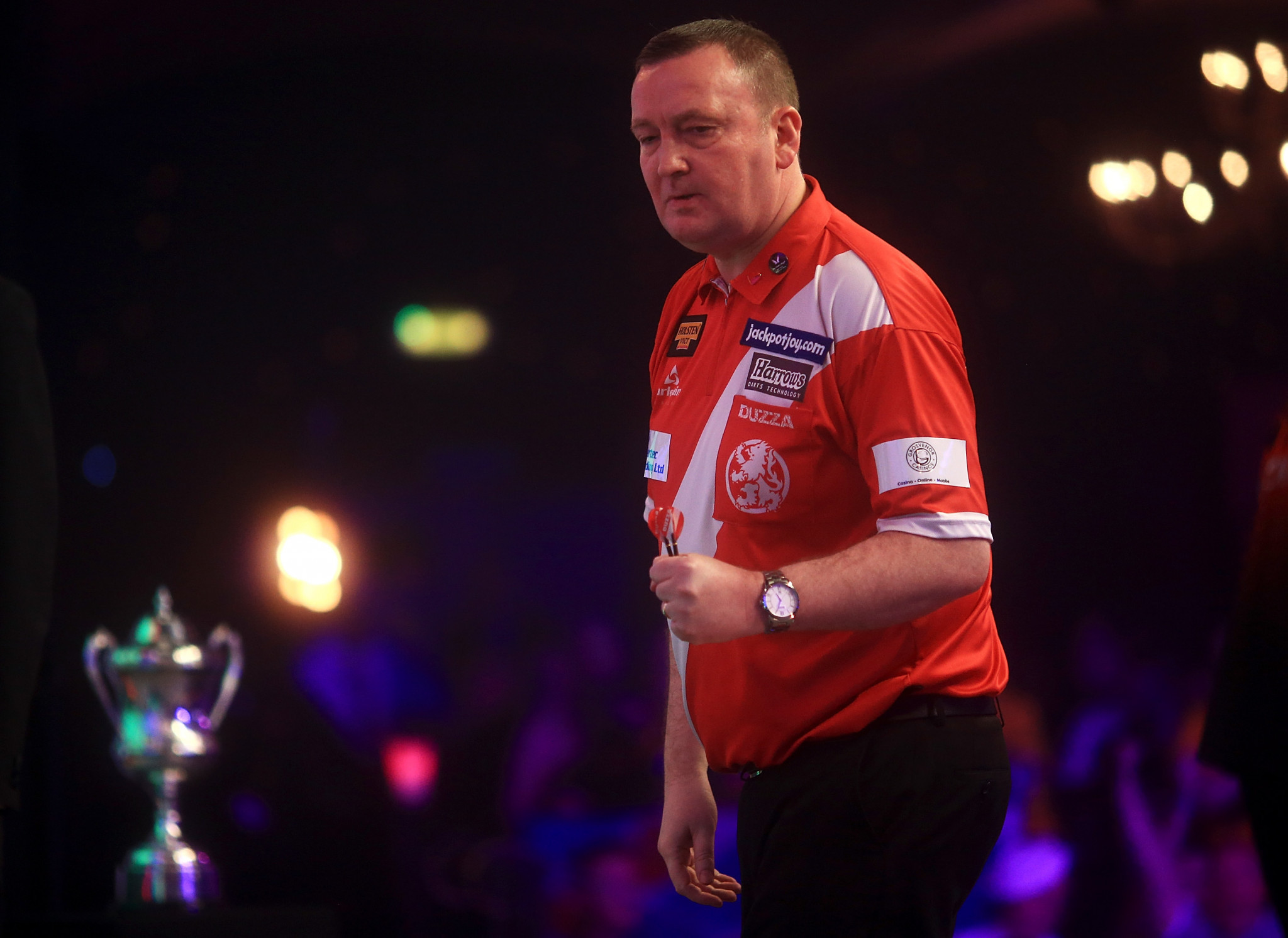 Glen Durrant began his title defence with a routine victory ©Getty Images