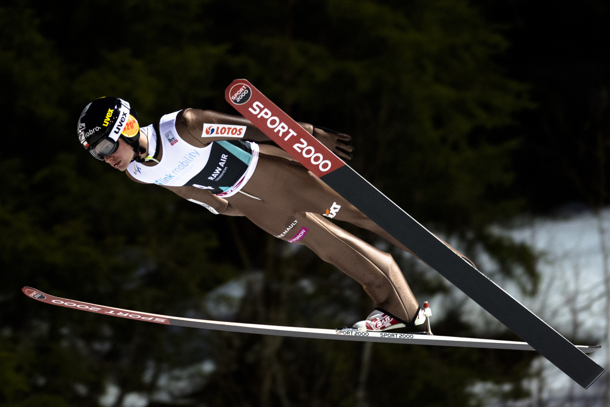 "Polish ski jumper suspends career after claiming people want to ""destroy"" him"