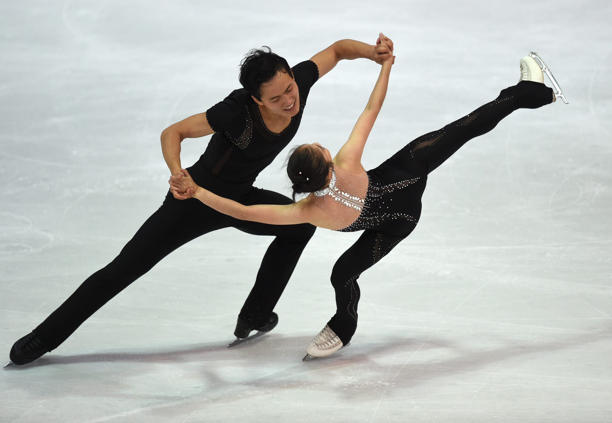 Pairs skaters Ryom Tae-Ok and Kim Ju-Sik could compete at Pyeongchang 2018 ©Getty Images