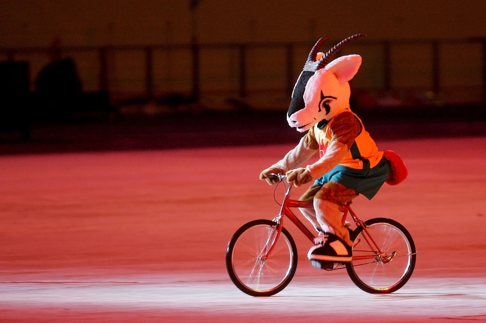 Orry, a white oryx, performs during the Opening Ceremony of the 2006 Asian Games in Doha ©Getty Images