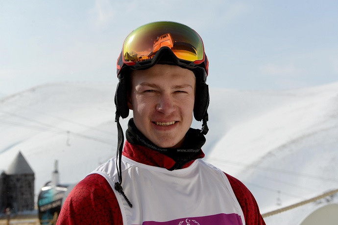 Russians take top prizes in parallel slalom at Snowboard World Cup in Austria