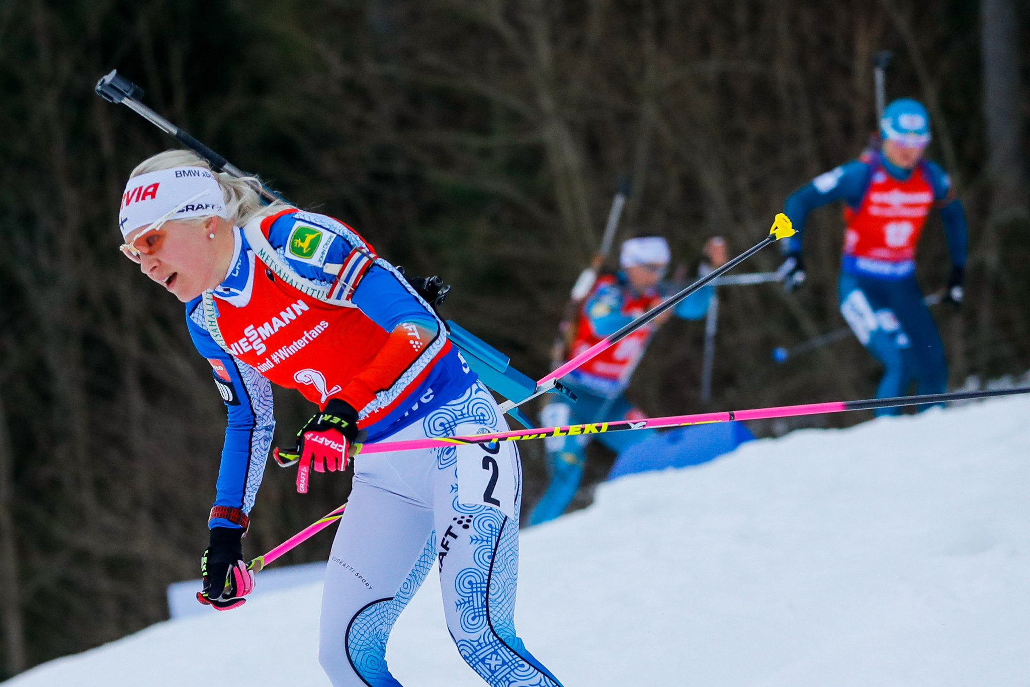 Mäkäräinen goes top with mass start victory at IBU World Cup