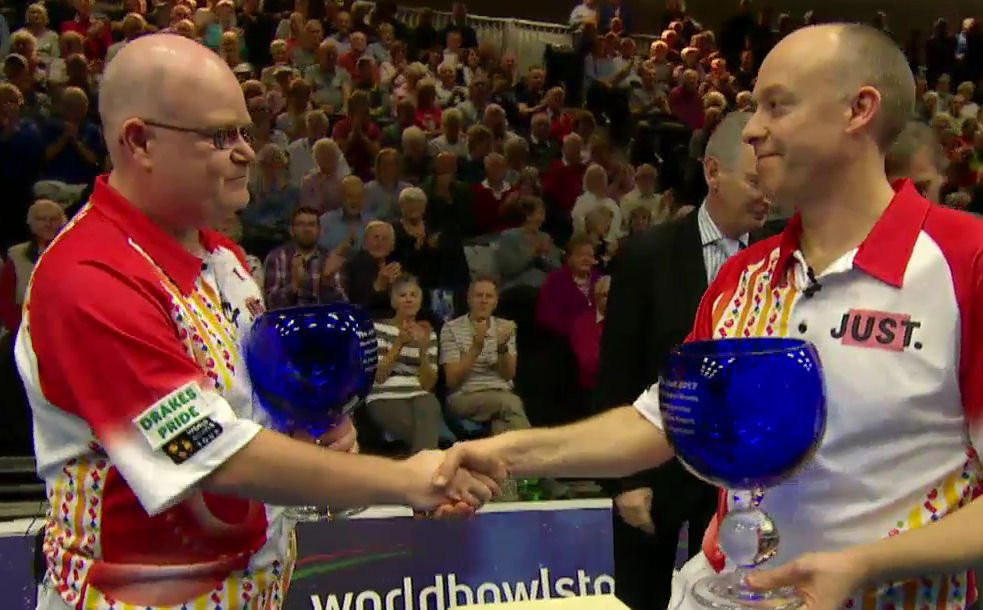 Defending champions Jason Greenslade and Les Gillett have already been defeated at the World Indoor Bowls Championships ©World Bowls