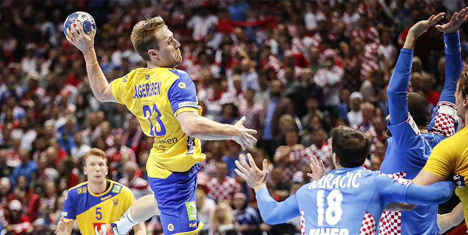 Sweden clinched a win over host nation Croatia ©EHF