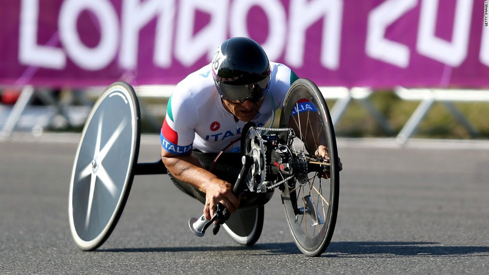 Paralympic hand cyclist Alex Zanardi is in intensive care tonight following a crash while competing in Italy ©Getty Images