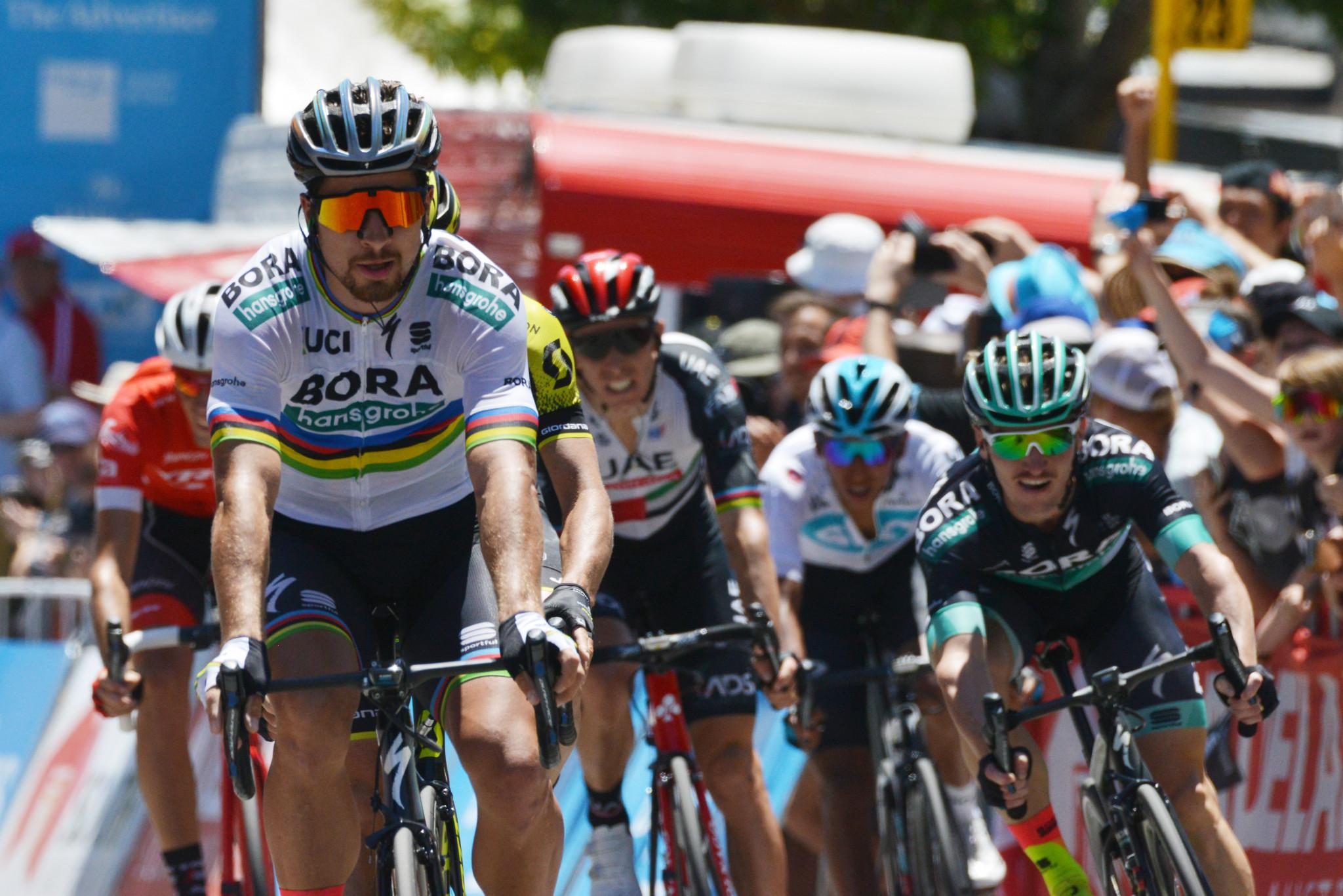 Sagan wins in searing heat at Tour Down Under