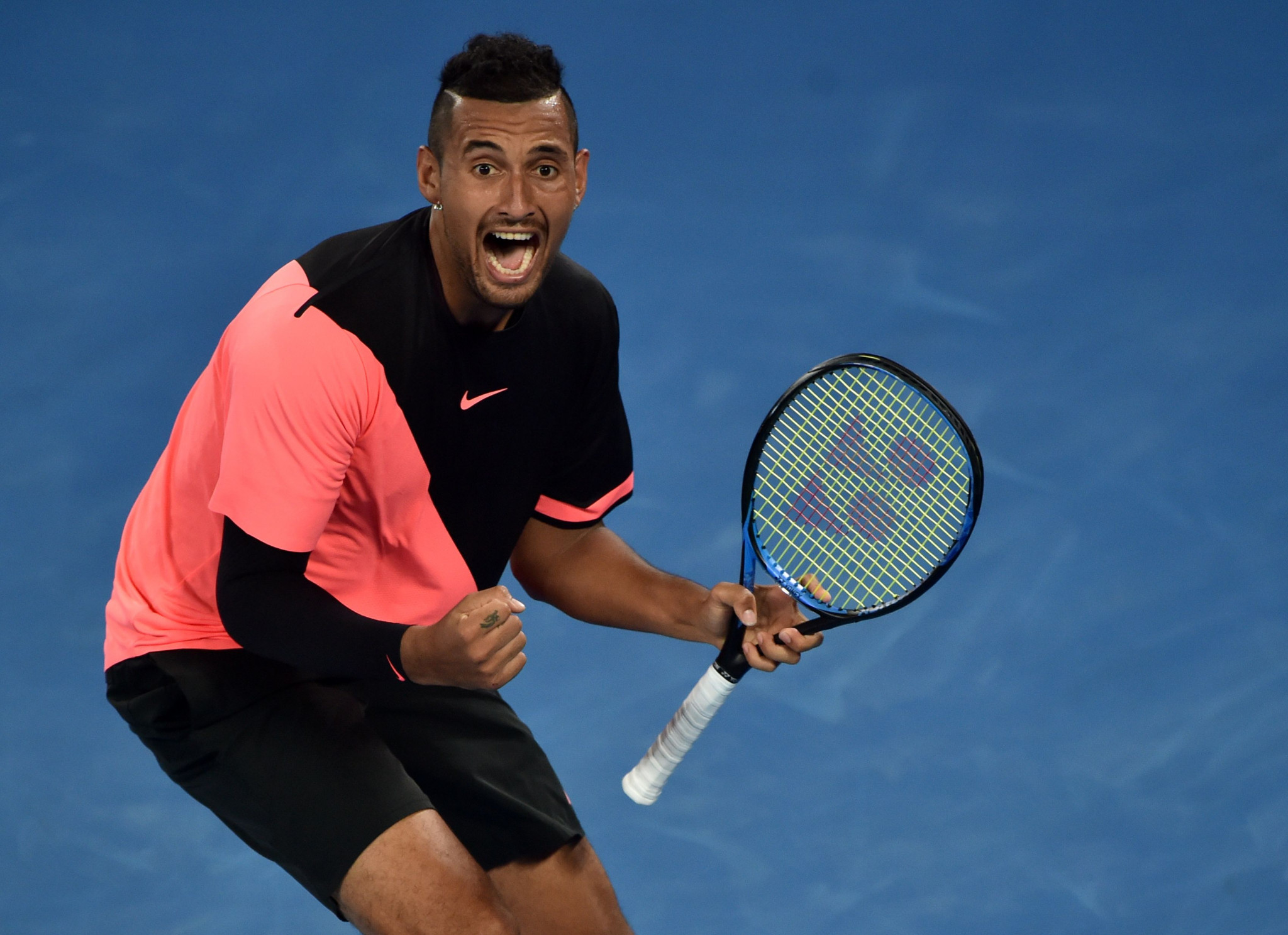 Kyrgios wins on day of extreme heat at Australian Open