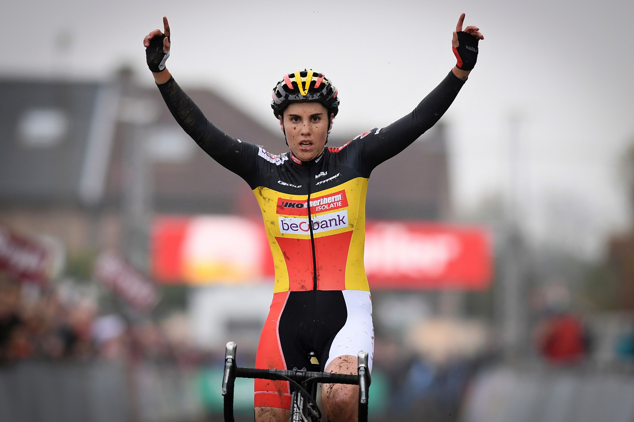 Cant seeking to continue dominant UCI Cyclo-Cross World Cup form in France