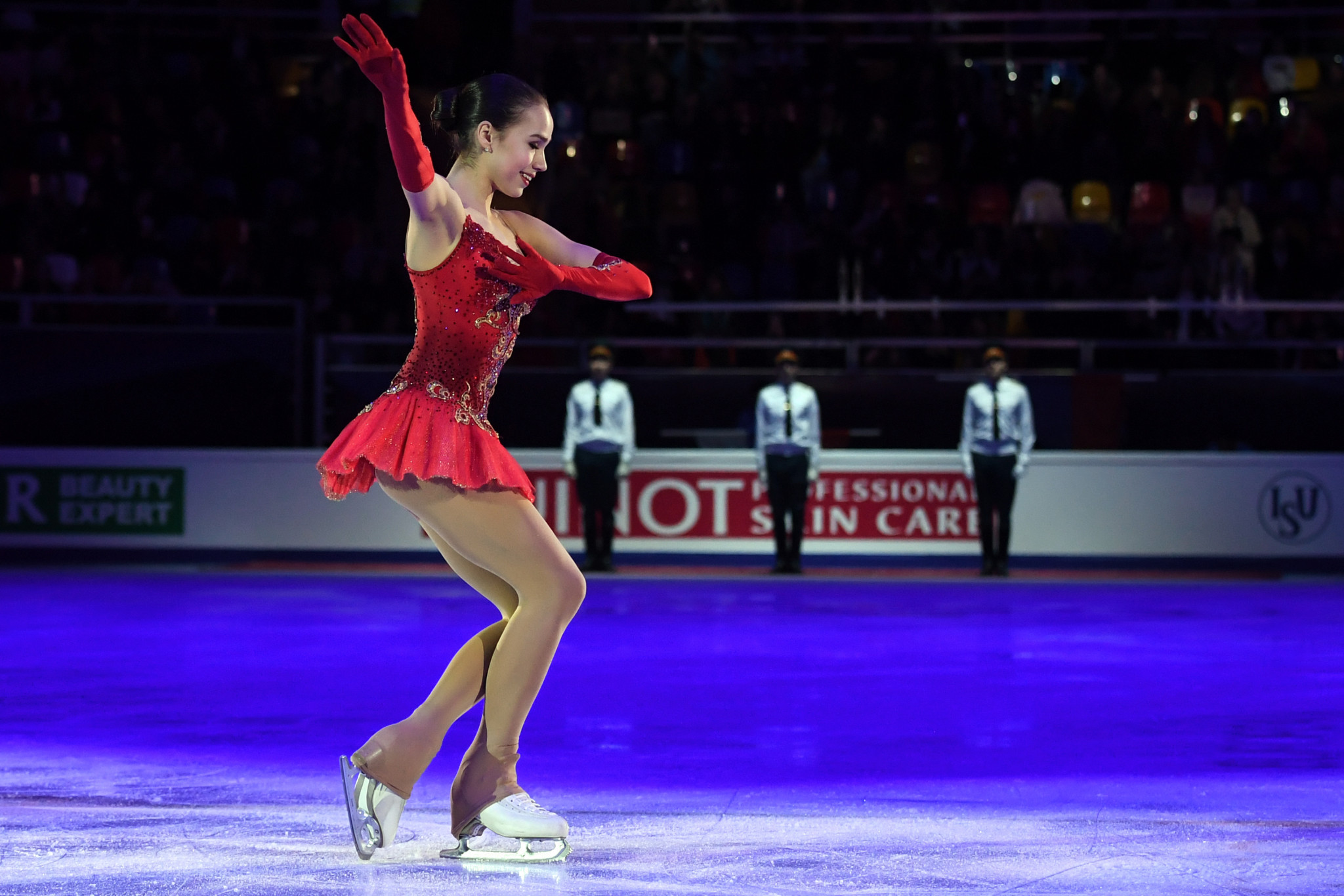 Zagitova claims shock victory at ISU European Figure Skating Championships as Papadakis and Cizeron win fourth straight title