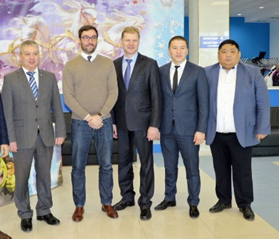 A delegation visited Elista to assess preparations for the World University Boxing Championship ©FISU