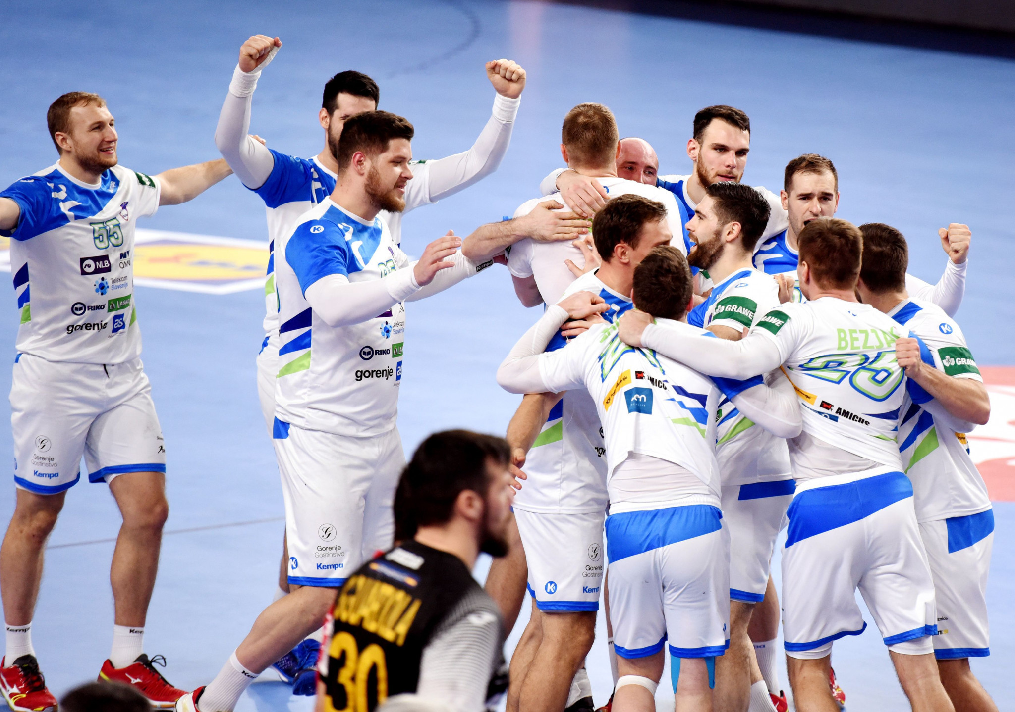 Spain suffer shock loss to Slovenia at European Men's Handball Championship