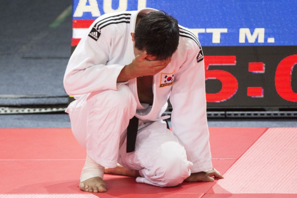 Olympic champion Kim Jae-Bum was a surprise early exit in the men's under 81 kilogram event ©Getty Images