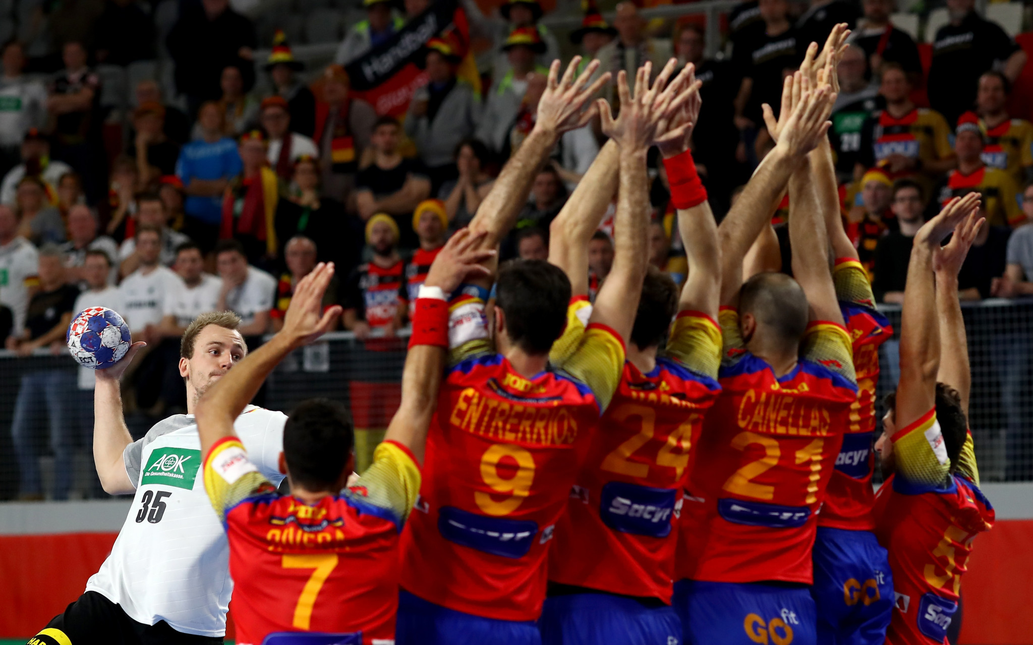 Spain beat Germany to semi-final spot at European Men's Handball Championship