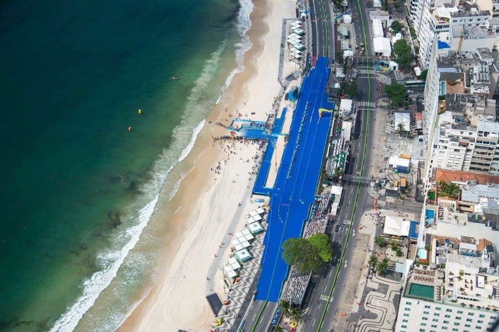 ES Global installed the triathlon deck on Copacabana beach for Rio 2016 ©ES Global