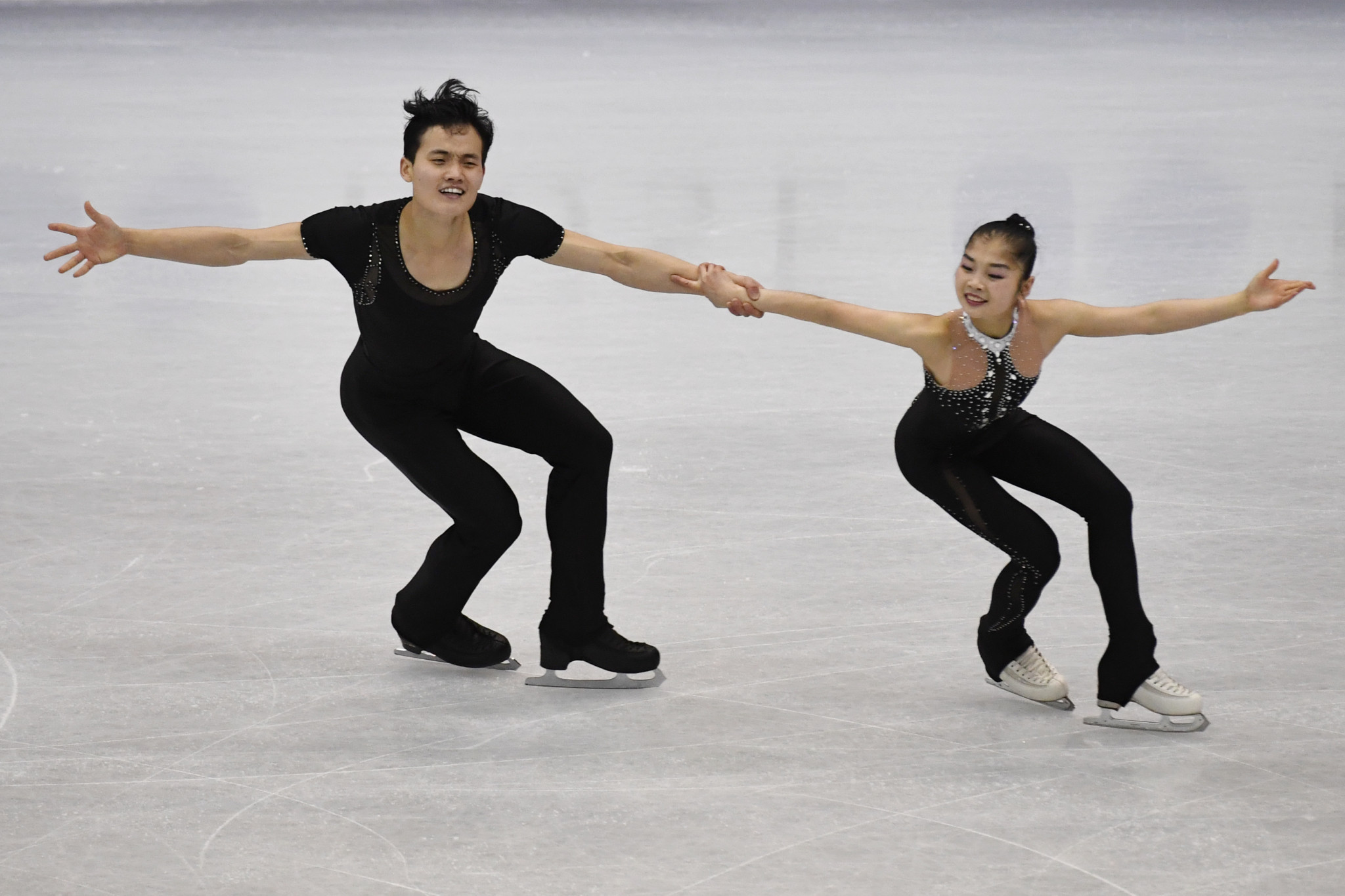 Ryom Tae-ok and Kim Ju-sik won an historic bronze for North Korea ©Getty Images
