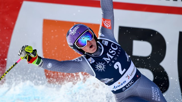 France's Tessa Worley acclaims FIS World Cup victory in the giant slalom at Lenzerheide in Switzerland ©FIS